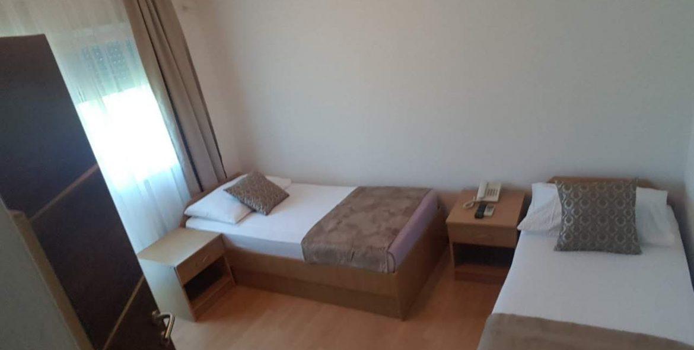 aparthotel amicus soba 2 kreveta