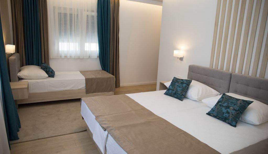 amicus aparthotel soba sa krevetom za dvoje i krevetom za jedno